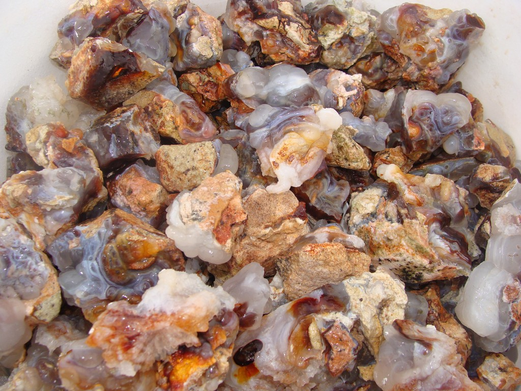 2000 Carat Lots of White Fire Agate Rough Plus a FREE Faceted Gemstone